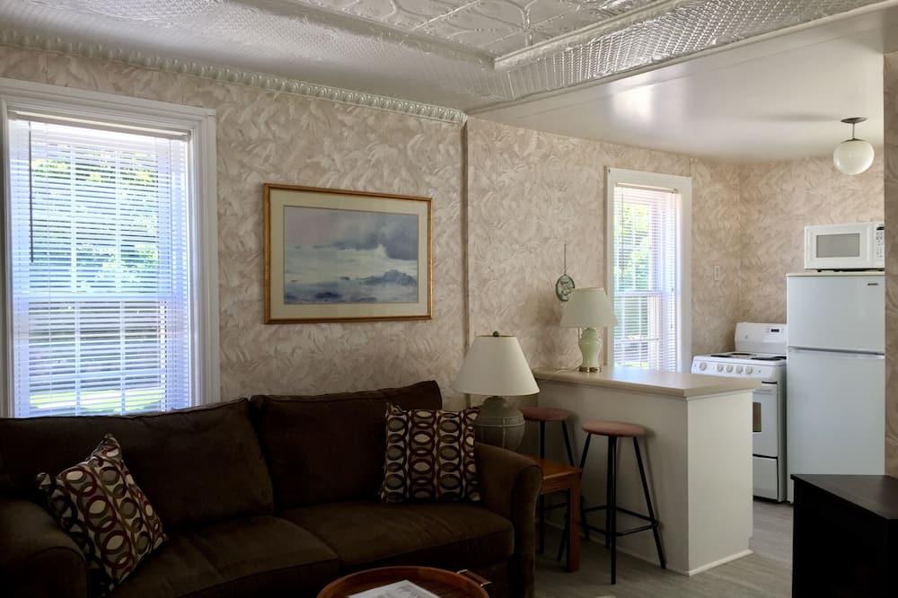 Standard Apartment, Garden View - Living Area