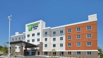 Picture of Holiday Inn Express & Suites Lexington Midtown - I-75 in Lexington