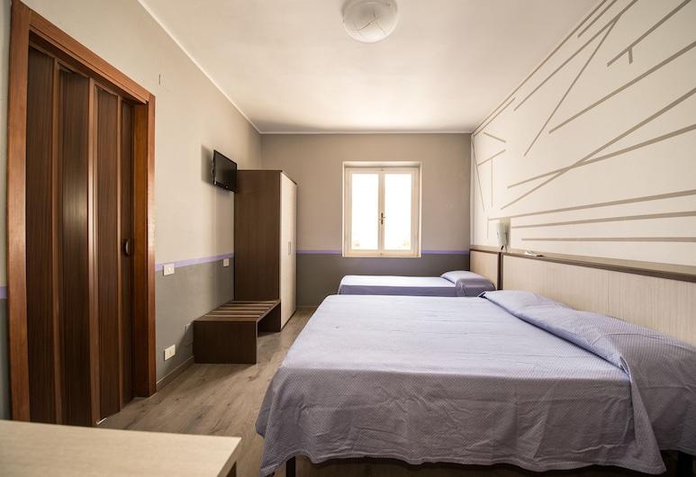 Hotel Terranova, Pisa, Habitación triple, Habitación