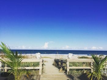 Picture of Surf Studio Beach Resort in Cocoa Beach
