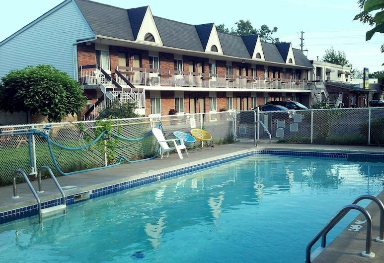 Niagara Falls Motor Lodge, Niagara, Basen odkryty