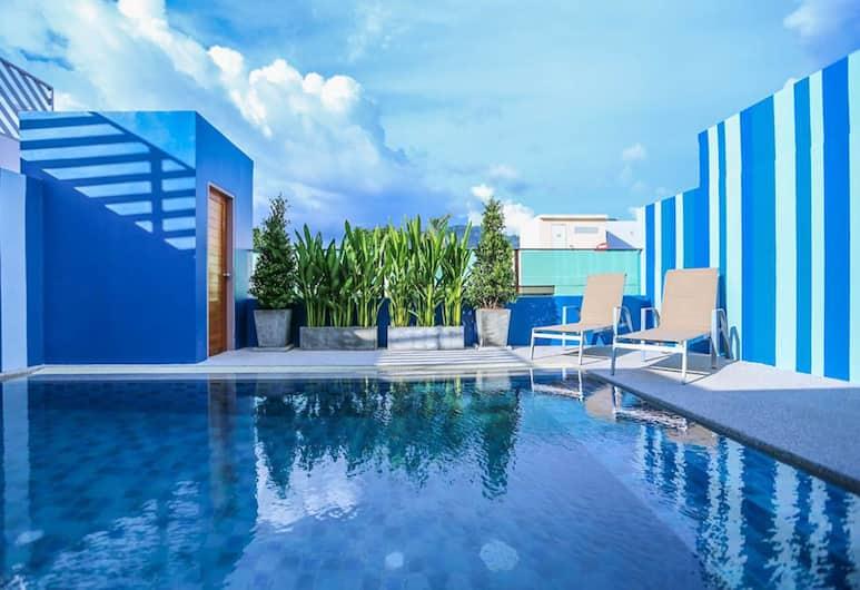 芭東海洋與奧萊酒店, 巴東