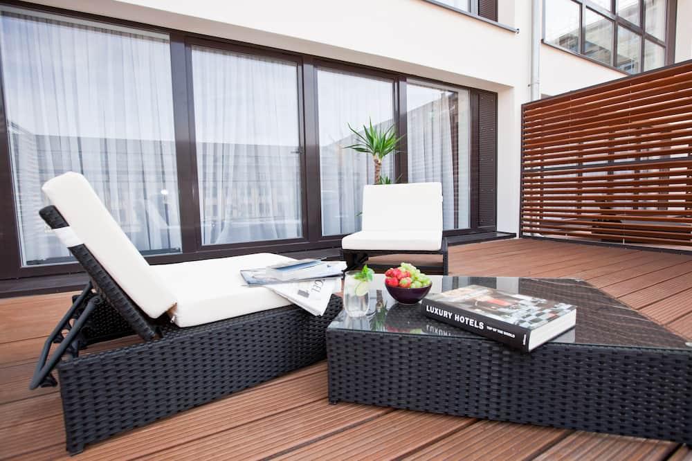 Apartemen (Sun Deck) - Teras/Patio