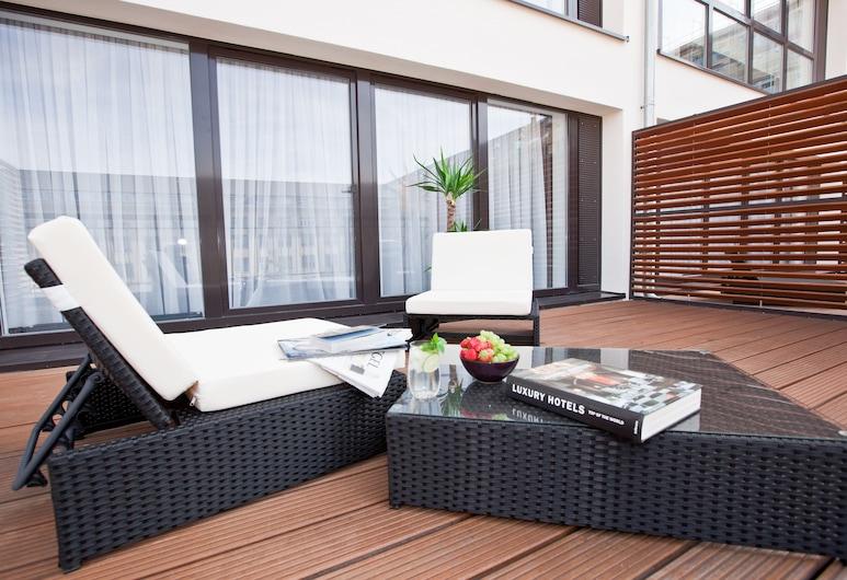 Goodman's Living, Berlin, Apartment (Sun Deck), Terrace/Patio