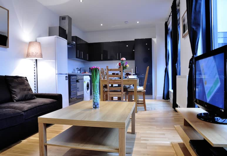 Andrew Superior Apartments, London, Apartment, 2 Bedrooms, Living Area