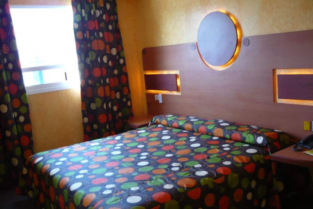 Superior szoba, 1 king (extra méretű) franciaágy - Vendégszoba