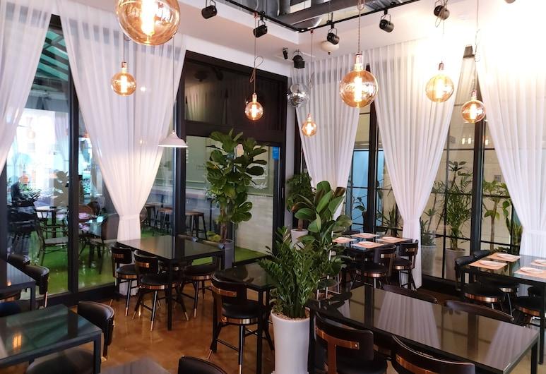放鬆氛圍飯店, 仁川, 飯店內酒吧