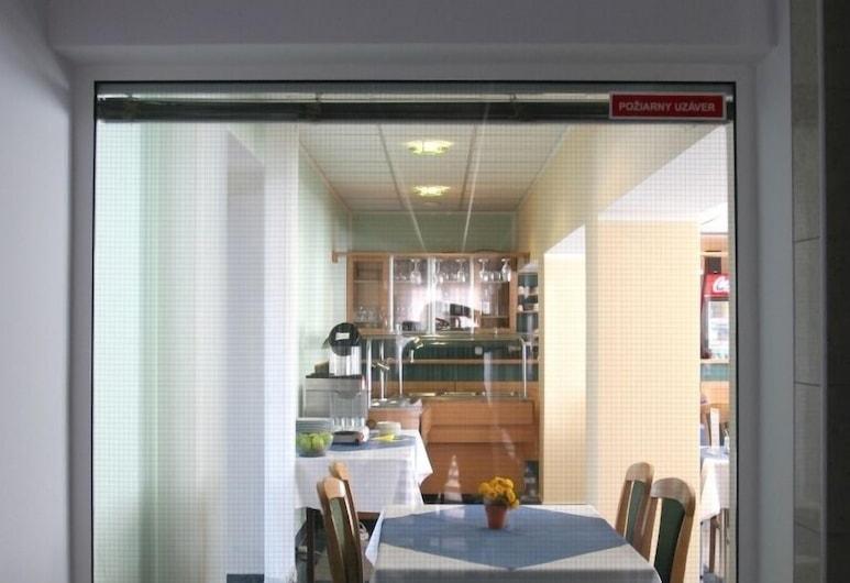G Hotel Žilina, Zilina, Restaurantes