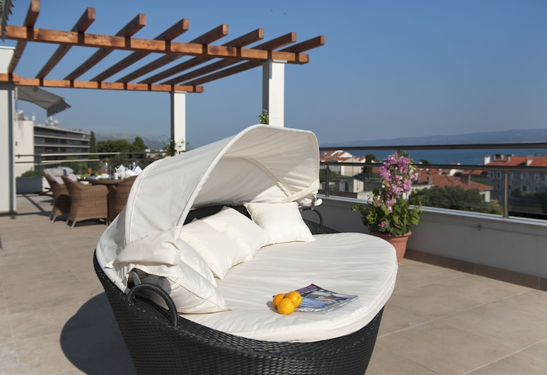 Boban Luxury Suites, สปลิต, เพนท์เฮาส์, 2 ห้องนอน, ระเบียง, วิวทะเล, ลานระเบียง/นอกชาน