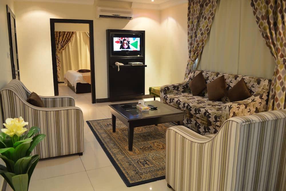 Studio Suite Bisnis - Ruang Keluarga