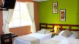 Choose This Cheap Hotel in San Salvador