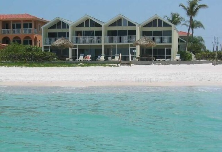 Coconuts Beach Resort, Holmes Beach