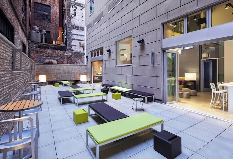 Aloft Manhattan Downtown - Financial District, Νέα Υόρκη, Αίθριο/βεράντα
