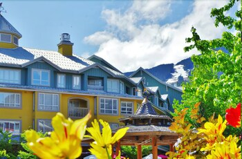 Fotografia do Town Plaza by MountainView em Whistler
