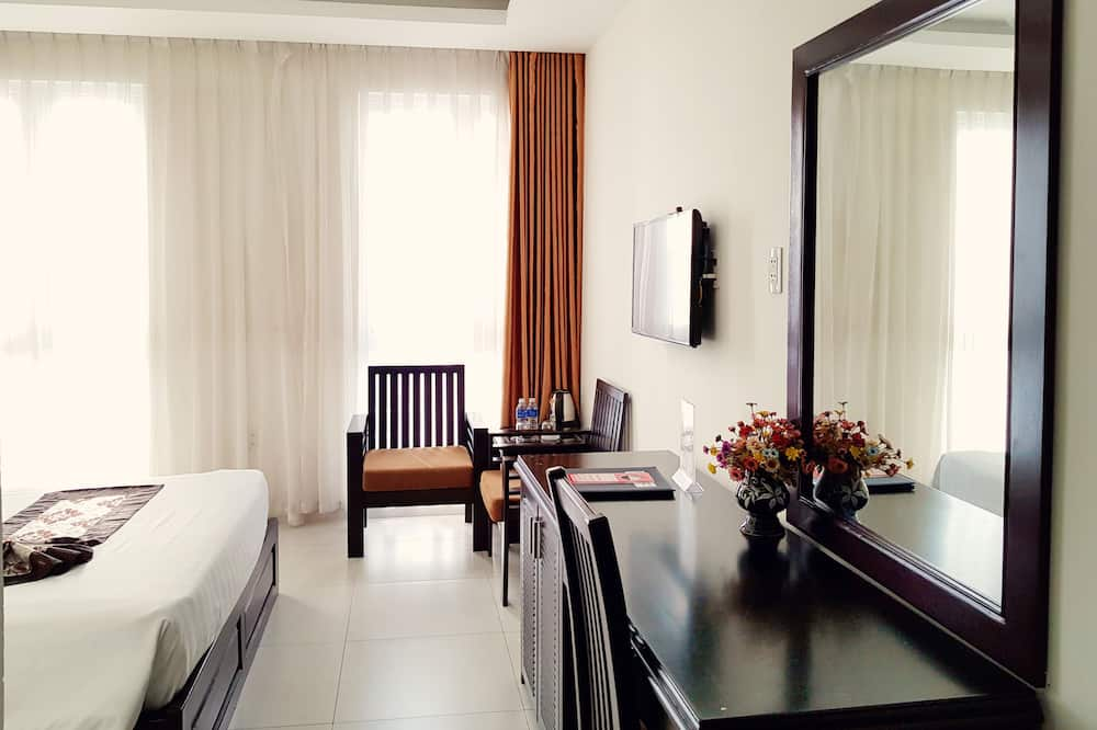 Superior Double or Twin Room, 1 Bedroom, City View - Guest Room