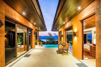 A(z) Korsiri Villas hotel fényképe itt: Wichit