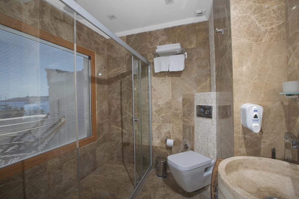 Numeris, terasa - Vonios kambarys