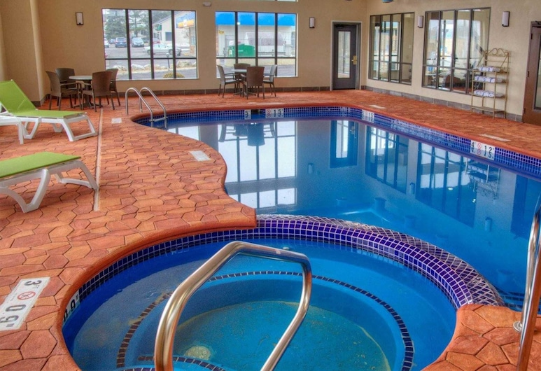 Comfort Suites, Plymouth, Pool