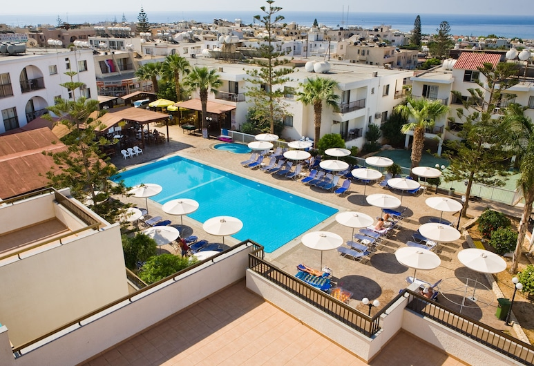 Christabelle Hotel Apartments, Ayia Napa, Otel manzarası