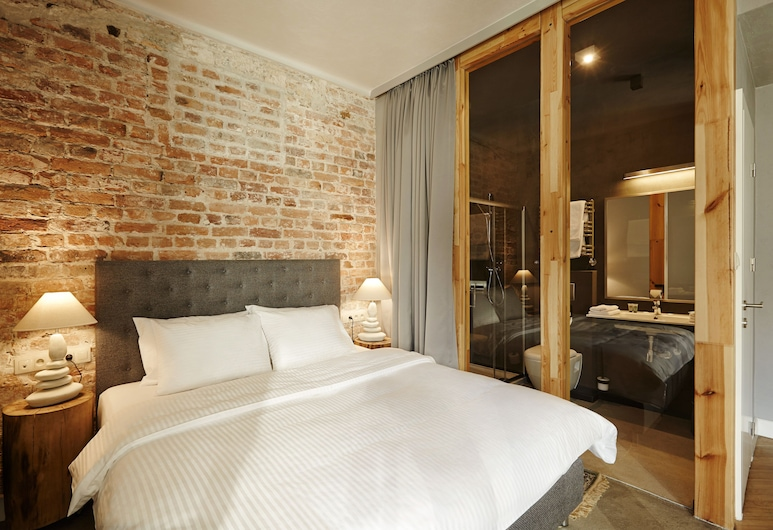 SleepWell Apartments Ordynacka, Warsaw, Superior Apartment, Room