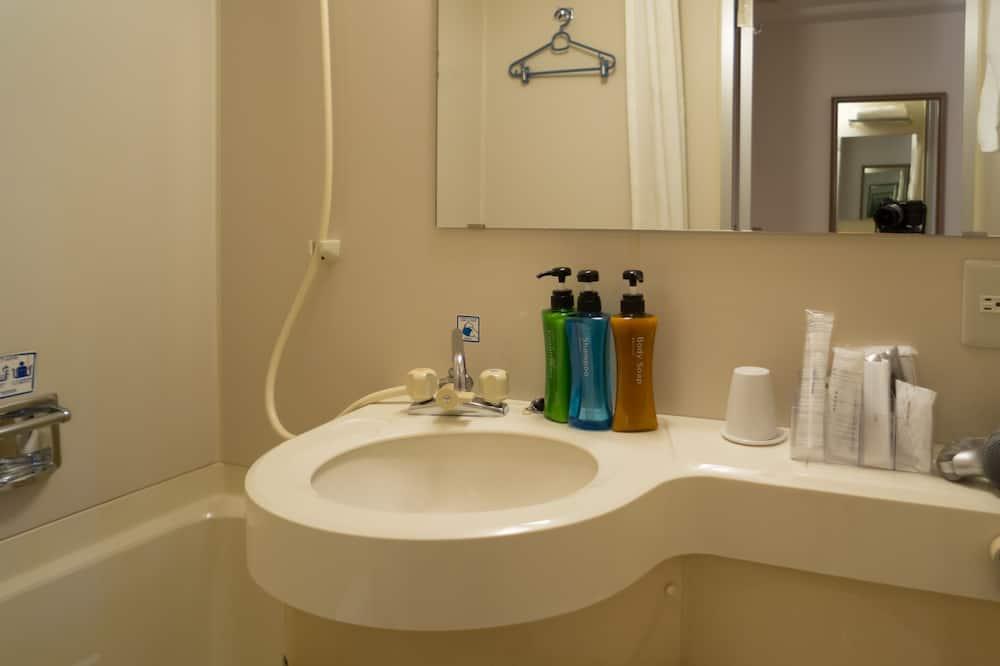 セミダブル ルーム(低層階 景観なし 禁煙) - バスルーム
