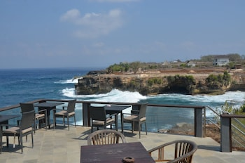 Foto Sunset Villa & Café Lembongan di Pulau Nusa Lembongan