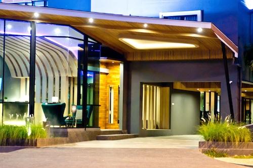 โรงแรมโคโค่/
