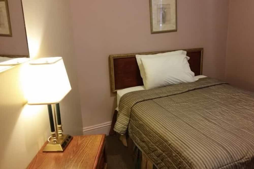 Standarta numurs, 1 divguļamā gulta (Shared Bathroom) - Galvenais attēls