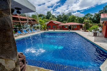 Picture of Pacific Paradise Resort in Quepos