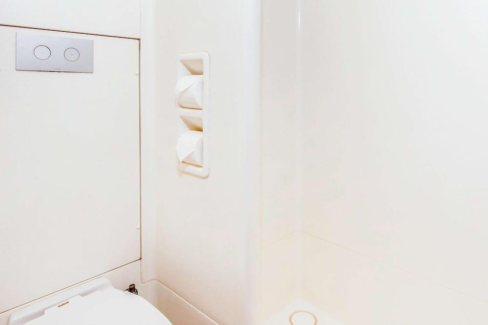 Standarta numurs, vairākas gultas - Vannasistaba
