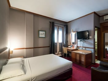 Mynd af Four Chain View Hotel í Singapore