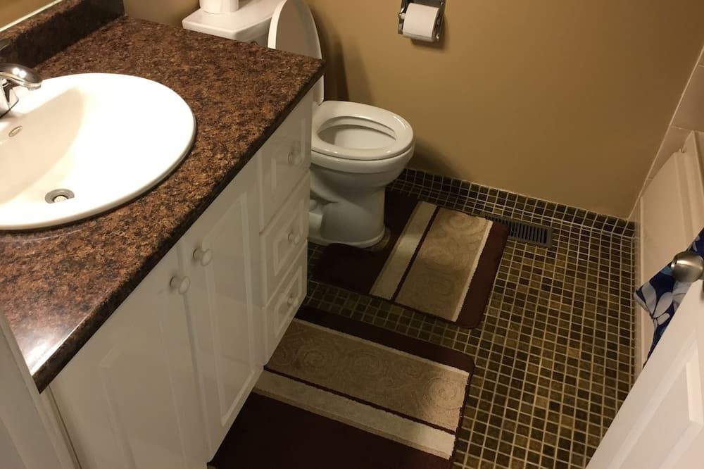 Klasikinio tipo kambarys, 1 standartinė dvigulė lova - Vonios kambarys
