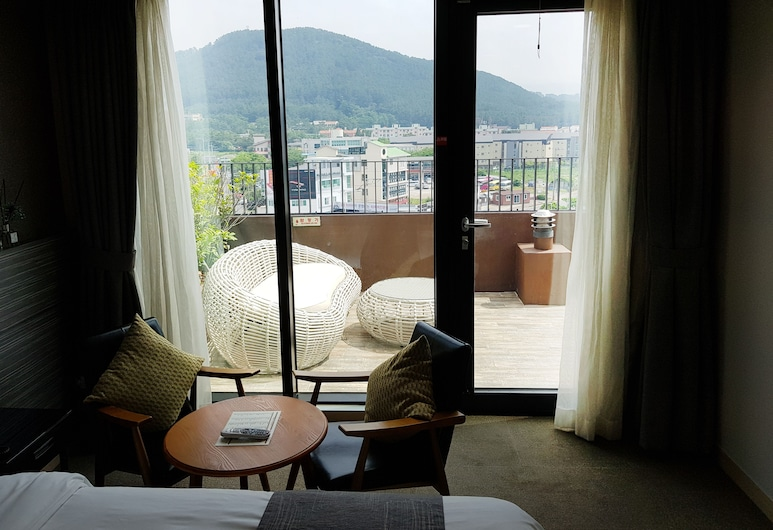 I-Jin Hotel, Jeju City, Terrace Double Room, Guest Room