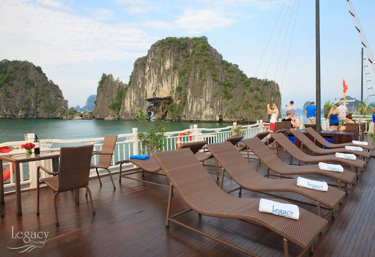 Legacy Cruise, Ha Long, Terrass