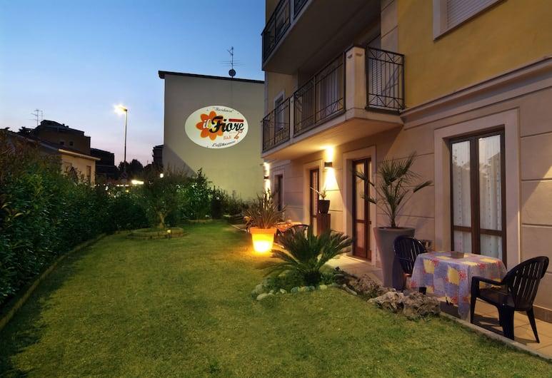 Residenza Il Fiore, Bergame, Enceinte de l'établissement