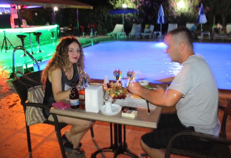 The Green Valley Hotel, Muğla, Açık Havada Yemek