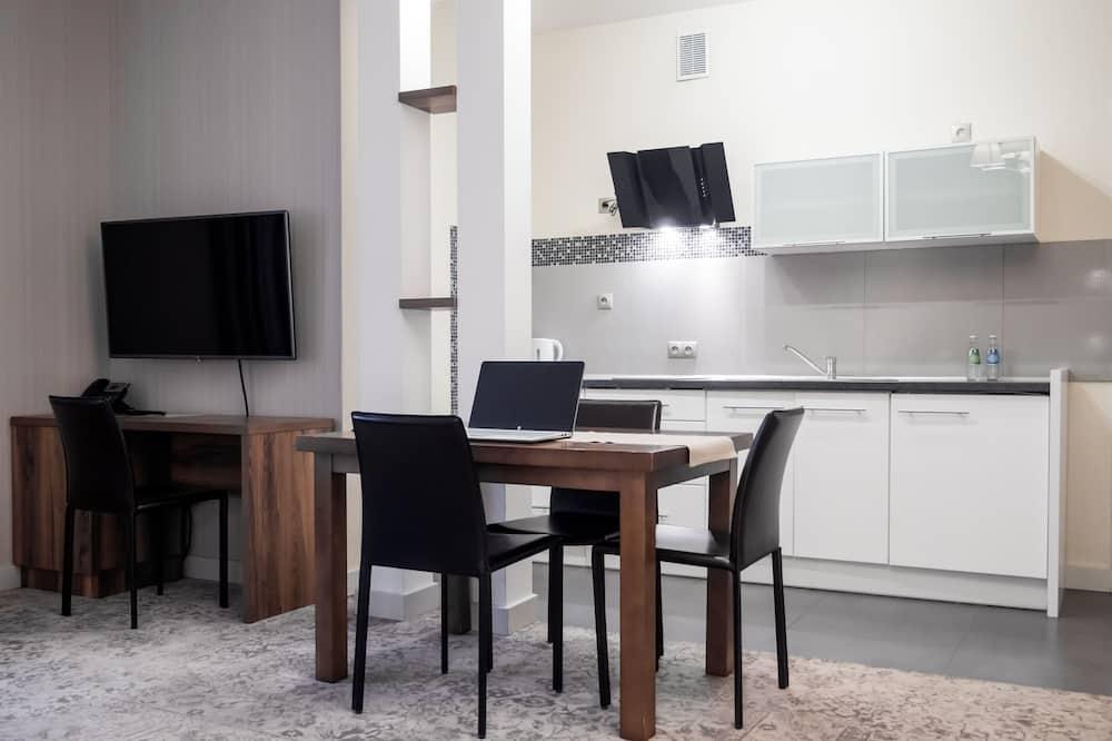 Apartament typu Deluxe - Wyżywienie w pokoju