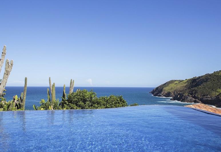 Cliffside Luxury Inn, Búzios, Vista desde el hotel