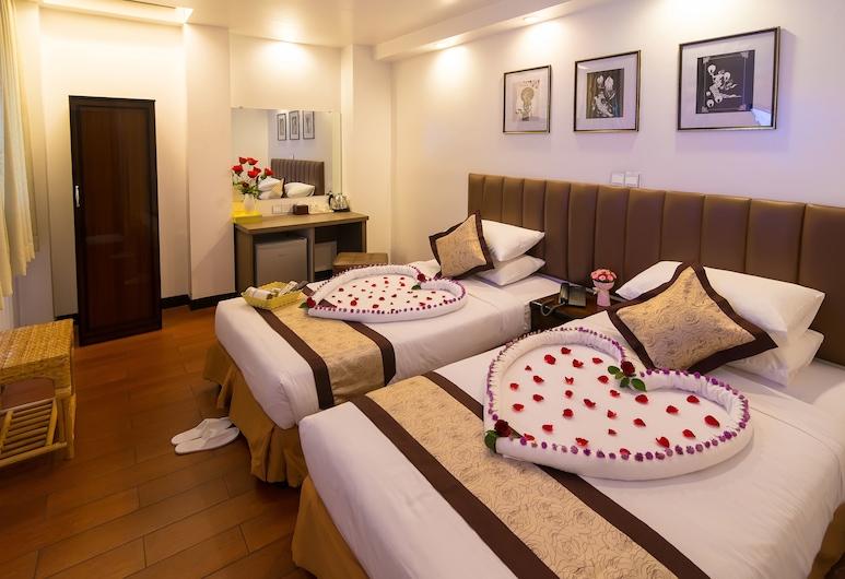 ハイ ファイブ ホテル, ヤンゴン