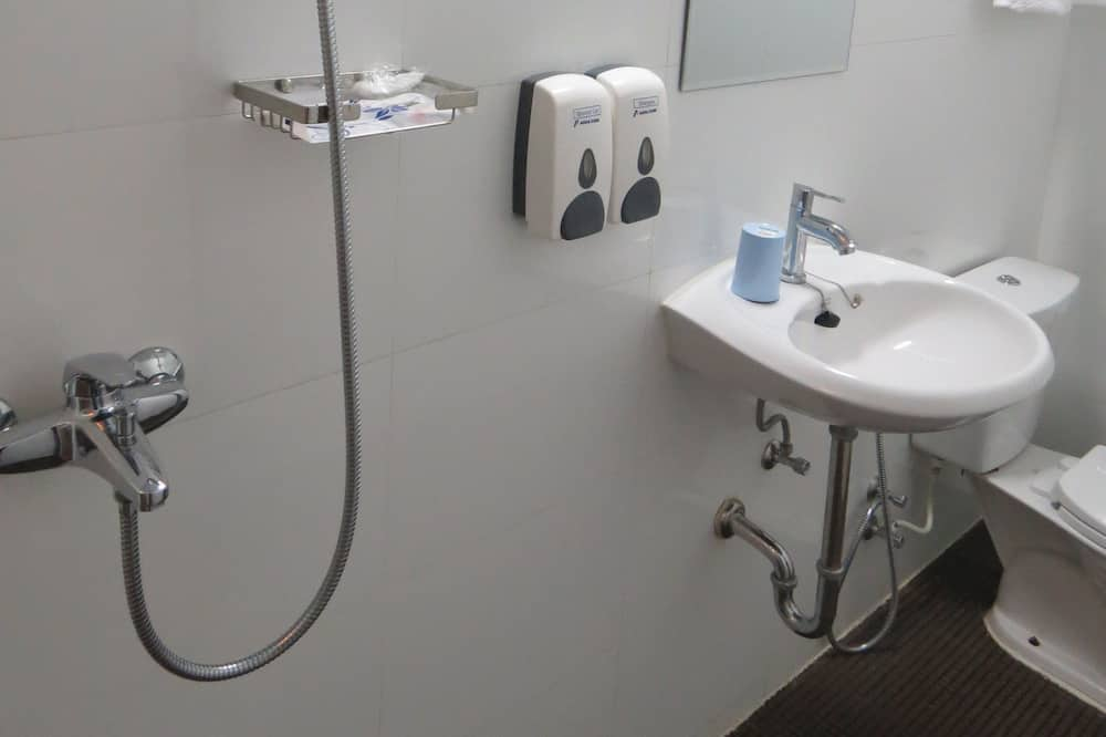 Economy Room (4th floor, No Lift) - Bathroom