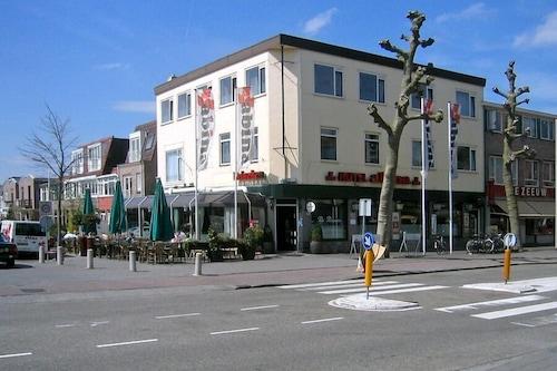 Hotel-Café-Restaurant