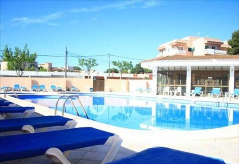 Hostal Alcina, Capdepera, Pool