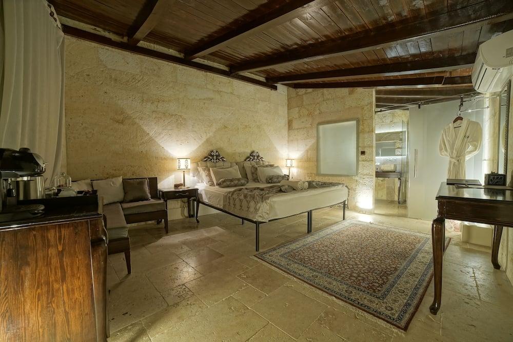 Executive Stone Suite - Living Area