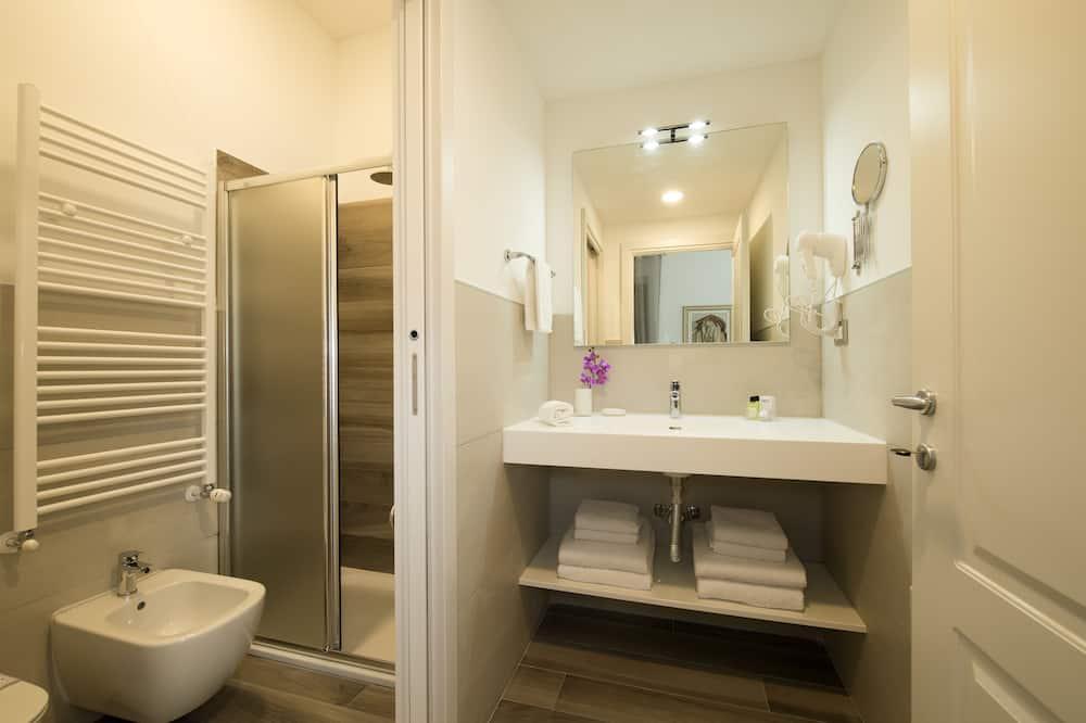 Studio typu Deluxe, 1 ložnice, výhled do zahrady - Koupelna