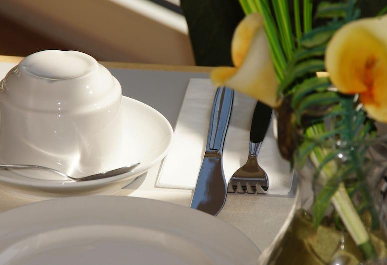 โรงแรมยูโร ฟรีดแบร์ก, Friedberg, การรับประทานอาหาร