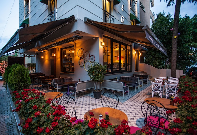Juliet Rooms & Kitchen, Istanbul, Ingang van hotel