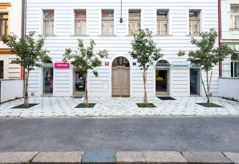 Designer Prague City Apartments, Praha, Sissepääs