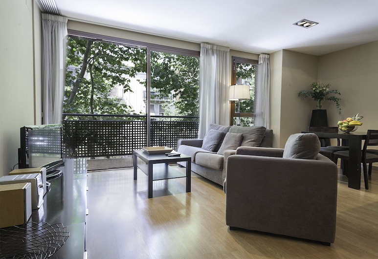 Short Stay Group Camp Nou Serviced Apartments, Barcelona, Two-bedroom apartment (4 guests), Izba