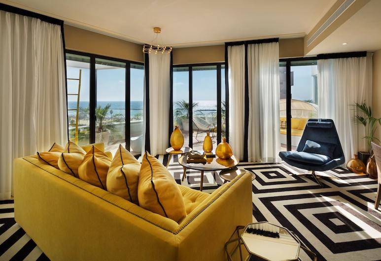 Brown Beach House by Brown Hotels, Tel Avivas, Mansarda, karšta vonia, dalinis vaizdas į jūrą (Studio), Svečių kambarys