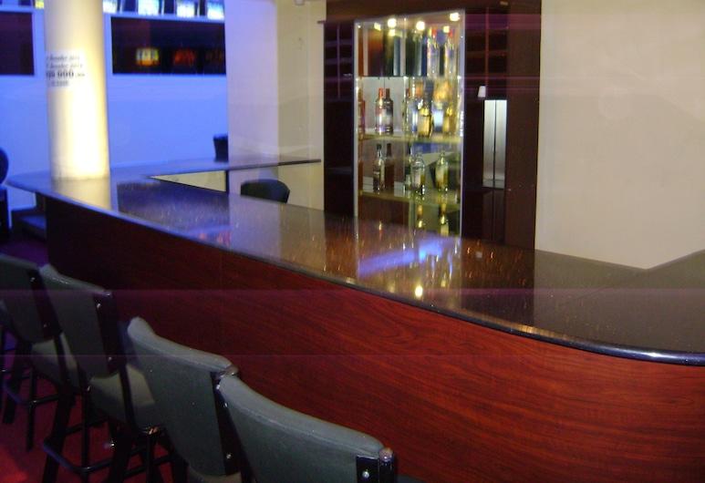 The Gaborone Hotel, Gaborone, Hotel Bar